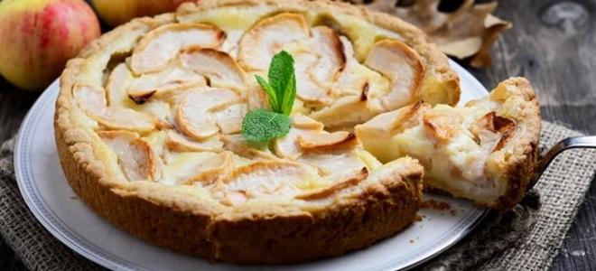 Яблучний пиріг (з кислого тіста)